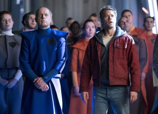"KRYPTON -- ""Light-Years From Home"" Episode 201 -- Pictured: Shaun Sipos as Adam Strange -- (Photo by: Steffan Hill/SYFY)"